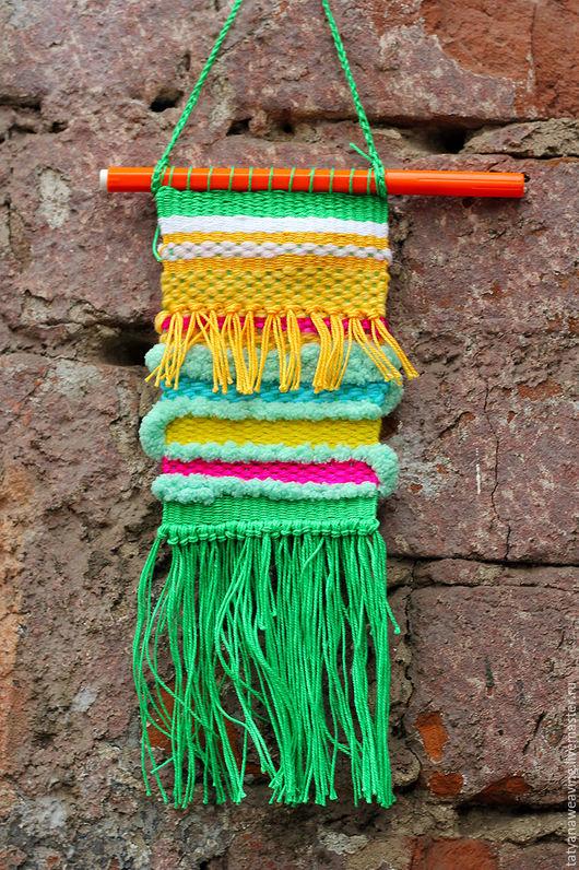 Подвески ручной работы. Ярмарка Мастеров - ручная работа. Купить Тканый декор для интерьера Зелено-Желтый. Handmade. Ярко-зелёный