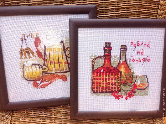 Натюрморт ручной работы. Ярмарка Мастеров - ручная работа. Купить Картина вышитая Пиво и Рябина на коньяке. Handmade. Картина для интерьера