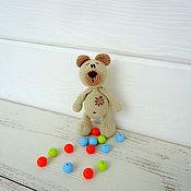 Куклы и игрушки ручной работы. Ярмарка Мастеров - ручная работа Вязаный Медведь погремушка. Handmade.