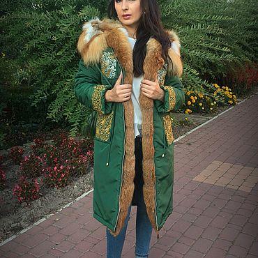 Одежда ручной работы. Ярмарка Мастеров - ручная работа Зимняя  зелёная парка с натуральным мехом лисы и вышивкой. Handmade.