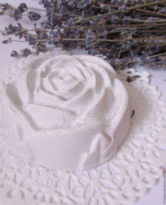 роза, розы, мыло роза, подарок, 8 марта, подарок на 8 марта, ароматное мыло, красивое мыло, мыло в подарок, мыло с нуля, домашнее мыло, мыло с шёлком, мыло в Ростове