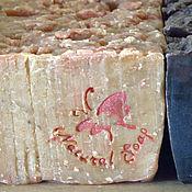 Для дома и интерьера ручной работы. Ярмарка Мастеров - ручная работа Молочное мыло Малинка, овсяное мыло, с пудрой малины, натуральное. Handmade.