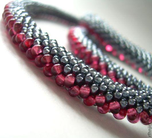 """Колье, бусы ручной работы. Ярмарка Мастеров - ручная работа. Купить Колье """"Рубиновый на черном""""  (+ браслет). Handmade."""