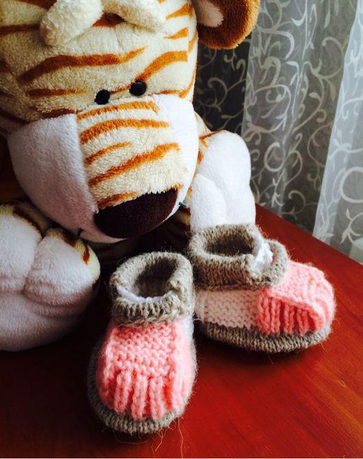 Детская обувь ручной работы. Ярмарка Мастеров - ручная работа. Купить Нежные вязанные пинетки - башмачки для девочки. Handmade.