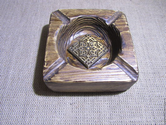Пепельницы ручной работы. Ярмарка Мастеров - ручная работа. Купить Пепельница из дерева. Handmade. Подарок коллеге, коричневый, вазочка