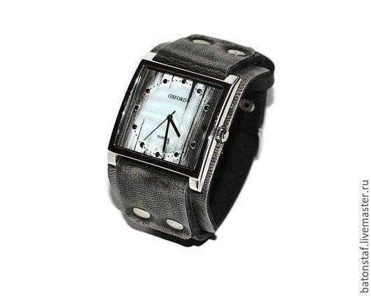 """Часы ручной работы. Ярмарка Мастеров - ручная работа. Купить Винтажные наручные часы  - """"Часовщик рисовал"""".. Handmade. Наручные часы"""