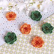 Материалы для творчества ручной работы. Ярмарка Мастеров - ручная работа Цветочки для скрапбукинга, вязаные цветочки, с  бусинами. Handmade.