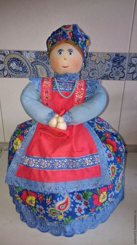 Кукла-чайница Глаша ( вид спереди)