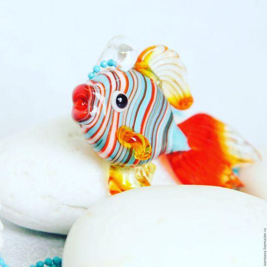 Кулоны, подвески ручной работы. Ярмарка Мастеров - ручная работа. Купить Кулон Рыбка. Handmade. Комбинированный, рыбка, кулон из стекла