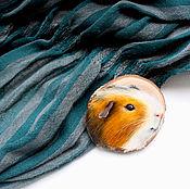 Украшения ручной работы. Ярмарка Мастеров - ручная работа Брошь с морской свинкой. Handmade.