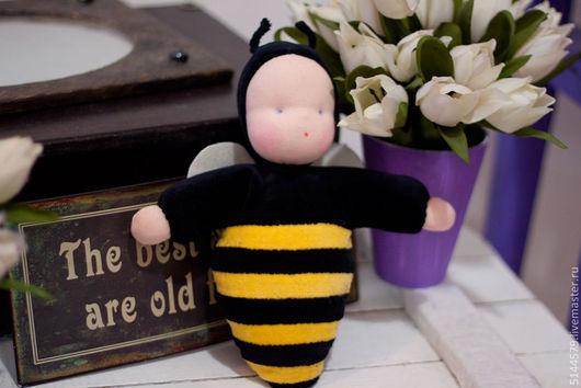 Вальдорфская игрушка ручной работы. Ярмарка Мастеров - ручная работа. Купить Пчела Вальдорфская кукла. Handmade. Вальдорфская кукла, желтый