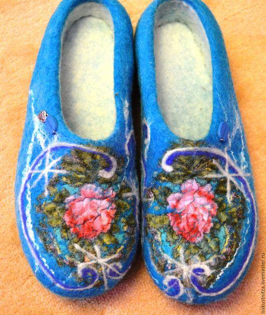"""Обувь ручной работы. Ярмарка Мастеров - ручная работа. Купить Валяные тапочки """"Зимняя роза"""". Handmade. Комбинированный, Валяние"""