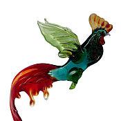 Для дома и интерьера ручной работы. Ярмарка Мастеров - ручная работа Интерьерное подвесное украшение из цветного стекла птица Петух Rowdy. Handmade.