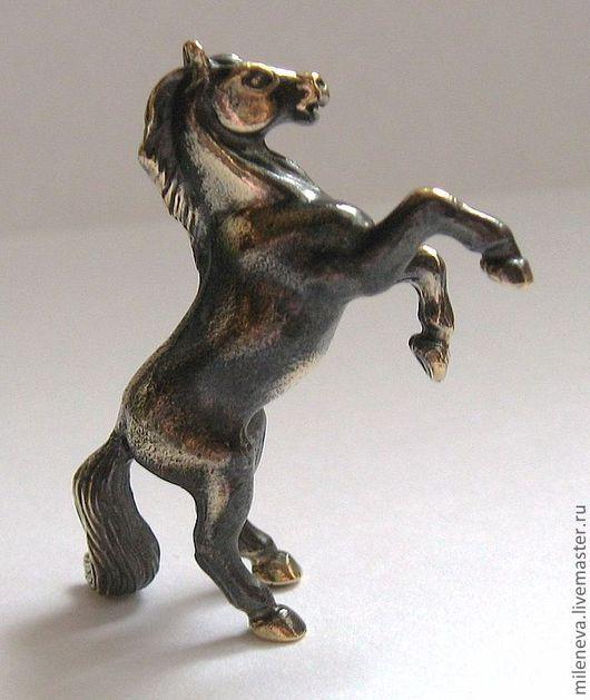 """Миниатюра ручной работы. Ярмарка Мастеров - ручная работа. Купить Статуэтка """"Конь-огонь""""(бронза). Handmade. Коричневый, статуэтка, конь, лошадка"""