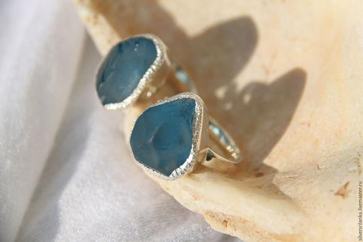 Кольца ручной работы. Ярмарка Мастеров - ручная работа. Купить Кольцо с необработанным синим топазом. Handmade. Кольцо, топаз