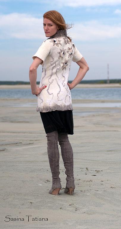 """Верхняя одежда ручной работы. Ярмарка Мастеров - ручная работа. Купить Пальто """"А на море белый песок..."""". Handmade."""