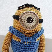 Куклы и игрушки ручной работы. Ярмарка Мастеров - ручная работа Вязаная игрушка Миньон. Handmade.