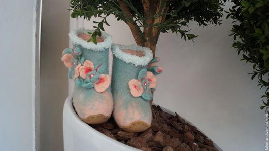 """Обувь ручной работы. Ярмарка Мастеров - ручная работа. Купить Детские валеночки"""" Нежность Орхидеи"""". Handmade. Валенки для улицы, Валяние"""
