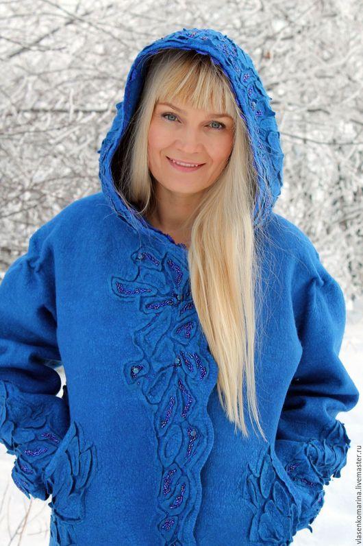 Верхняя одежда ручной работы. Ярмарка Мастеров - ручная работа. Купить Пальто валяное Сияние синего. Handmade. Синий, стразы