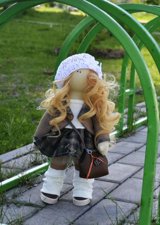 Человечки ручной работы. Ярмарка Мастеров - ручная работа. Купить куколка с сумочкой. Handmade. Кукла ручной работы, кукла в подарок