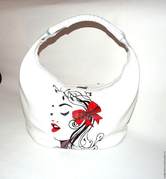 Женские сумки ручной работы. Ярмарка Мастеров - ручная работа. Купить Кожаная сумка с росписью в монохромном стиле. Handmade.