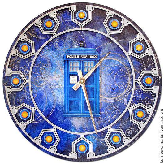 Часы для дома ручной работы. Ярмарка Мастеров - ручная работа. Купить Настенные часы «Тардис №2». Handmade. Синий