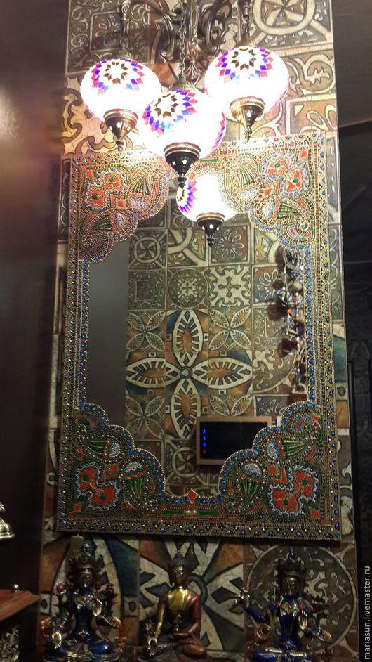 """Зеркала ручной работы. Ярмарка Мастеров - ручная работа. Купить Настенное зеркало """"Цветок Махараджи"""". Handmade. Разноцветный, зеркало настольное"""