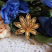Винтажные броши ручной работы. Ярмарка Мастеров - ручная работа Винтажная брошь-цветок от Avon, США. Handmade.