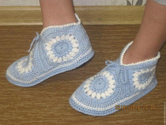 Обувь ручной работы. Ярмарка Мастеров - ручная работа. Купить Тапочки  вязаные на стельке. Handmade. Комбинированный, вязание на заказ