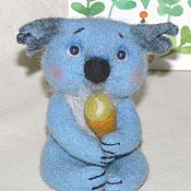 Куклы и игрушки ручной работы. Ярмарка Мастеров - ручная работа коала Тишка валяная игрушка новый год. Handmade.