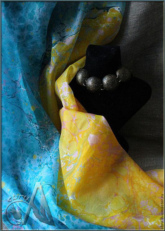 """Шали, палантины ручной работы. Ярмарка Мастеров - ручная работа. Купить """"Бирюза и солнце - краски весны"""" - эбру на шелке! (платок). Handmade."""