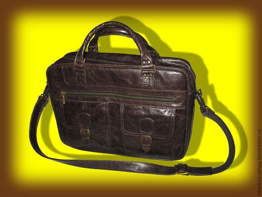 Мужские сумки ручной работы. Ярмарка Мастеров - ручная работа. Купить Сумка мужская. Handmade. Коричневый, однотонный, кожа