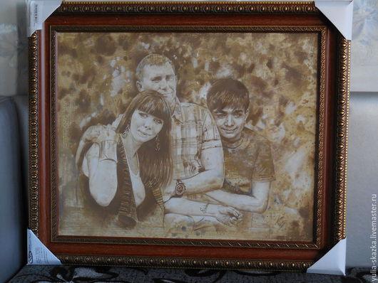 Персональные подарки ручной работы. Ярмарка Мастеров - ручная работа. Купить портрет по фотографии графика. Handmade. Коричневый, подарок семье