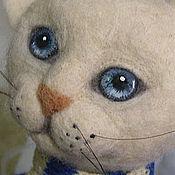 """Куклы и игрушки ручной работы. Ярмарка Мастеров - ручная работа Кот  """" Певец и композитор """" авторская интерьерная игрушка войлок. Handmade."""
