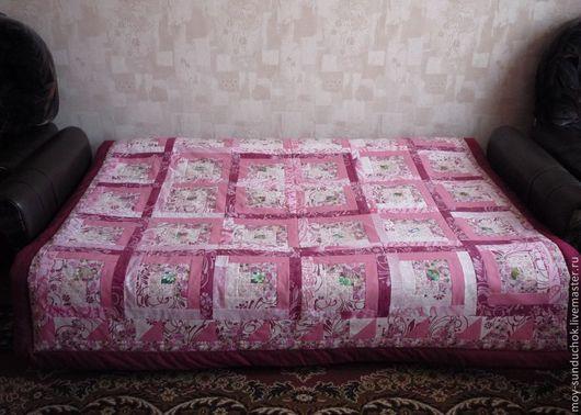 """Текстиль, ковры ручной работы. Ярмарка Мастеров - ручная работа. Купить Лоскутное одеяло """"Яблоневый цвет"""". Handmade. Розовый, печворк"""