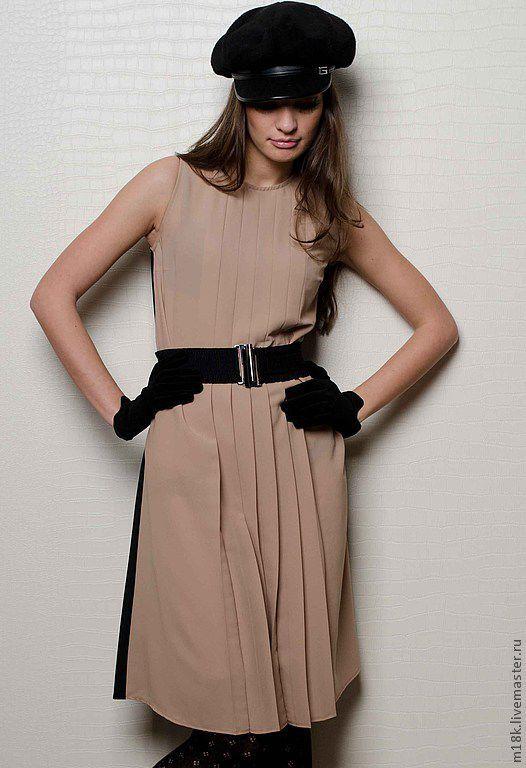 Платья ручной работы. Ярмарка Мастеров - ручная работа. Купить Платье двухцветное: бежевый и черный с плиссировкой. Handmade. Бежевый