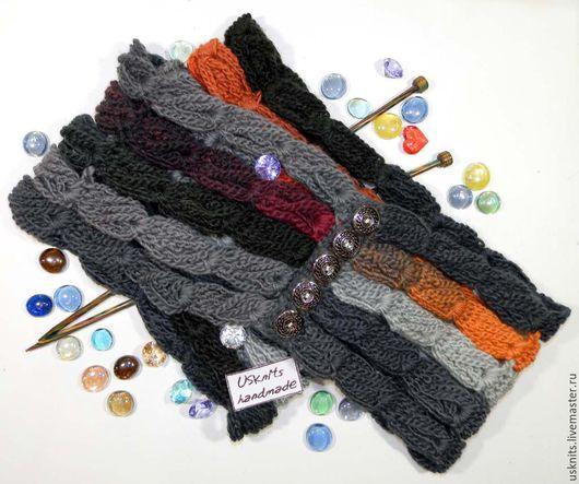 Вязаный шарф-снуд на пуговицах  выполнен крючком  из 100% шерсти (ровница) секционного крашения.
