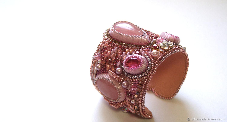 Браслет с розовыми кварцами, Браслет из бусин, Камышин,  Фото №1