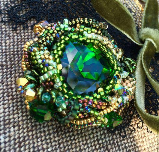 """Броши ручной работы. Ярмарка Мастеров - ручная работа. Купить Брошь  """" Emerald  heart"""". Handmade. Эффектное украшение, богатый"""