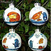 Подарки к праздникам ручной работы. Ярмарка Мастеров - ручная работа елочный шар Ежик в тумане, ручная роспись, синий. Handmade.