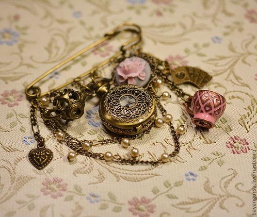 """Часы ручной работы. Ярмарка Мастеров - ручная работа. Купить брошь-часы """"Попьем чайку..."""". Handmade. Брошь"""