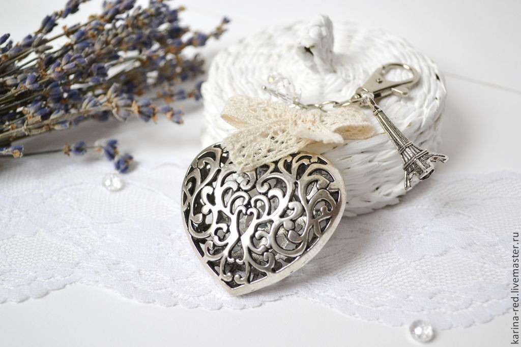 to buy a gift shop gifts keychain bag, photo jewelry, photo shop jewelry keychain openwork heart heart to purchase a jewelry gift on the birth of boho accessories Paris