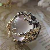 Украшения handmade. Livemaster - original item Foam Bay ring with rose quartz and garnets. Handmade.