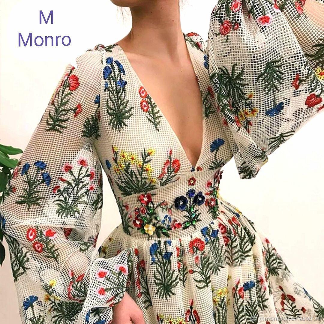 embroidery on mesh. Valentino, Fabric, Podolsk,  Фото №1