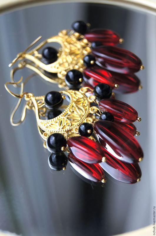 Серьги ручной работы. Ярмарка Мастеров - ручная работа. Купить Серьги В испанском стиле красное и черное в золоте. Handmade.