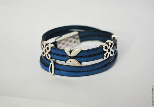 Браслеты ручной работы. Ярмарка Мастеров - ручная работа. Купить Кожаный браслет намотка синего цвета. Handmade. Синий