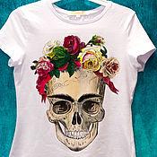 Одежда handmade. Livemaster - original item Frida skull t-shirt with flower wreath Frida Kahlo. Handmade.