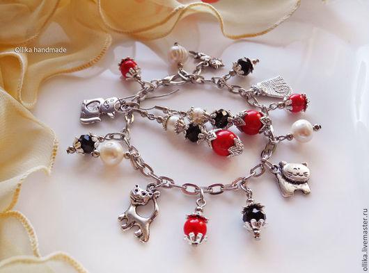 Браслет Кошки подарок девушке женщине, браслет с подвесками, подарок любителю кошек, комплект украшений купить, жемчужный браслет, браслет с бабочками, браслет с кошками, браслет с жемчугом, ПОДАРОК