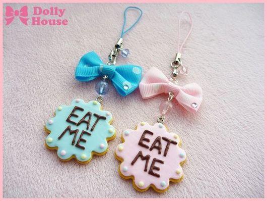 """Брелоки ручной работы. Ярмарка Мастеров - ручная работа. Купить Брелок """"Wonderland Cookie"""". Handmade. Dolly house, eat me"""
