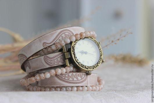 """Часы ручной работы. Ярмарка Мастеров - ручная работа. Купить Часы наручные на длинном кожаном ремешке """"Беж"""". Handmade. Бежевый"""
